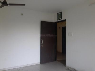 Gallery Cover Image of 850 Sq.ft 2 BHK Apartment for rent in Thane West for 17000
