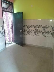 Gallery Cover Image of 750 Sq.ft 2 BHK Apartment for rent in Sector 15 for 12000
