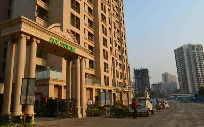 Gallery Cover Image of 1000 Sq.ft 2 BHK Apartment for buy in Squarefeet Ace Square, Kasarvadavali, Thane West for 7600000