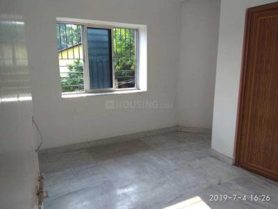 Gallery Cover Image of 750 Sq.ft 2 BHK Independent Floor for buy in Behala for 2900000