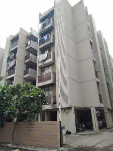 Gallery Cover Image of 1250 Sq.ft 2 BHK Apartment for rent in Bopal for 14001