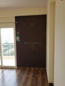 Gallery Cover Image of 1198 Sq.ft 3 BHK Apartment for rent in Aims Golf Avenue 2, Sector 75 for 17500