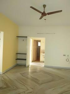 Gallery Cover Image of 1100 Sq.ft 2 BHK Apartment for buy in Velachery for 6000000