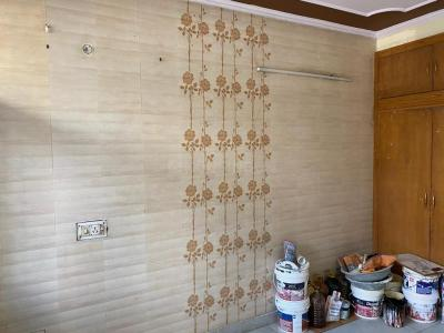 Gallery Cover Image of 1600 Sq.ft 3 BHK Independent Floor for buy in Ibadullapur Urf Badalpur for 9800000