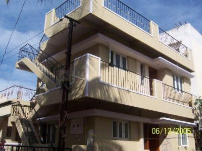 Gallery Cover Image of 600 Sq.ft 2 BHK Independent Floor for rent in Murugeshpalya for 13000