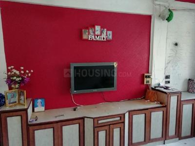 Gallery Cover Image of 590 Sq.ft 1 BHK Apartment for rent in Kandivali West for 25000