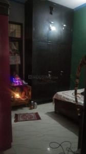 Gallery Cover Image of 900 Sq.ft 2 BHK Independent Floor for rent in Govindpuram for 8000
