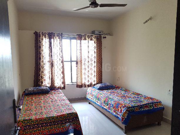 Bedroom Image of Om Sai PG in Kalas