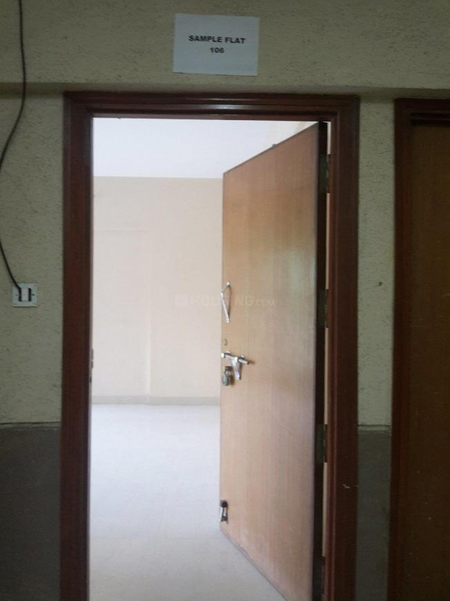 Main Entrance Image of 750 Sq.ft 1 BHK Apartment for rent in Kurla West for 28000