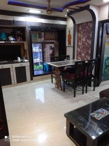 Gallery Cover Image of 1100 Sq.ft 2 BHK Apartment for rent in SpaghettiComplex, Kharghar for 27500