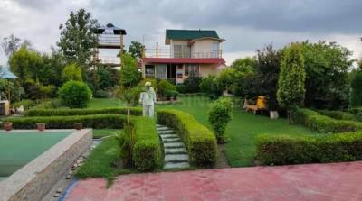 10000 Sq.ft Residential Plot for Sale in Sector 15, Noida