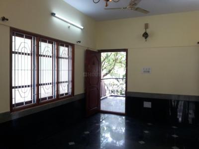 Gallery Cover Image of 950 Sq.ft 1.5 BHK Apartment for rent in Malleswaram for 16000
