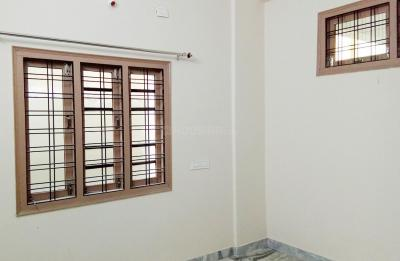 Gallery Cover Image of 1600 Sq.ft 1 BHK Apartment for rent in Hafeezpet for 12000