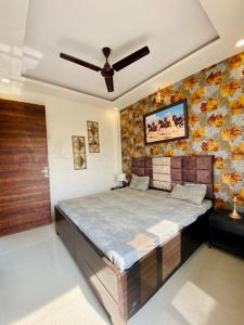 Gallery Cover Image of 1000 Sq.ft 3 BHK Independent House for buy in Pristine Homes, Noida Extension for 3600000
