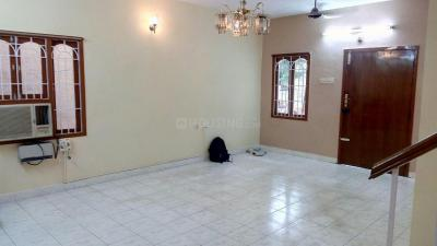Gallery Cover Image of 1100 Sq.ft 3 BHK Independent Floor for rent in Kattupakkam for 16000