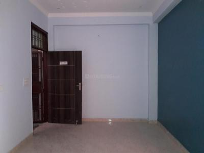 Gallery Cover Image of 1800 Sq.ft 3 BHK Apartment for buy in Sector 105 for 3800000