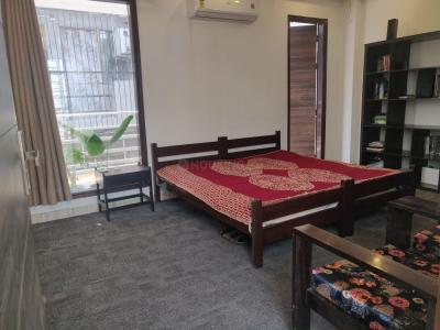 Gallery Cover Image of 400 Sq.ft 1 BHK Independent House for rent in Sector 43 for 18000
