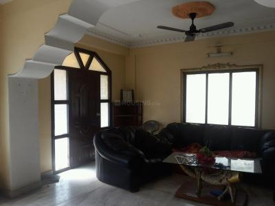 Gallery Cover Image of 1700 Sq.ft 3 BHK Independent Floor for rent in Rani Apartment, Dum Dum for 18000