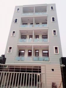 Gallery Cover Image of 950 Sq.ft 2 BHK Apartment for buy in Shree Krishna Homes, Sector 9 for 3850000