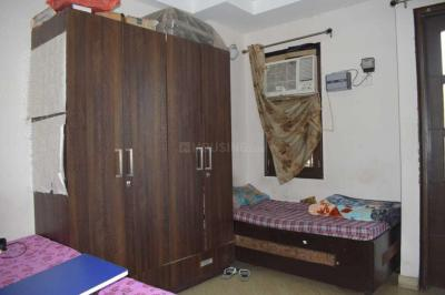 Bedroom Image of Sai Sadan PG in Sector 16 Rohini