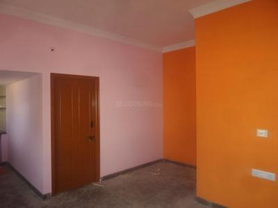 Gallery Cover Image of 500 Sq.ft 1 BHK Apartment for rent in RMV Extension Stage 2 for 15000