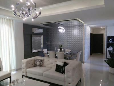 Gallery Cover Image of 2335 Sq.ft 4 BHK Apartment for buy in Sushma Elite Cross, Sector 4 for 8500000