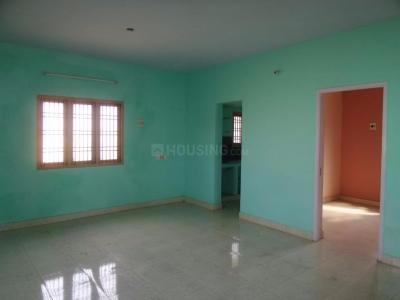 Gallery Cover Image of 600 Sq.ft 1 BHK Apartment for rent in Poonamallee for 6500