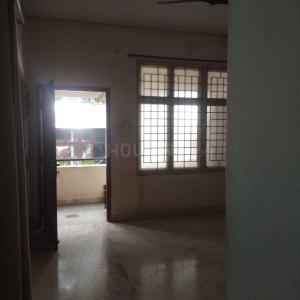 Gallery Cover Image of 1390 Sq.ft 3 BHK Apartment for rent in Saligramam for 28000