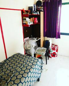 Bedroom Image of Boys PG in Dadar East