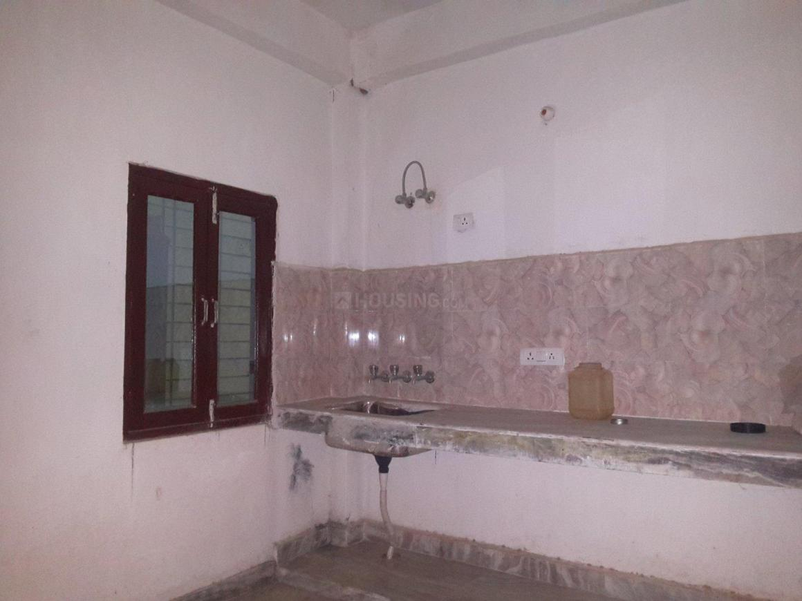 Living Room Image of 450 Sq.ft 1 BHK Apartment for buy in Chhattarpur for 1750000