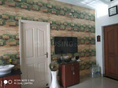 Gallery Cover Image of 1108 Sq.ft 3 BHK Apartment for rent in Mudichur for 12000