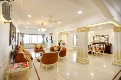 Gallery Cover Image of 1700 Sq.ft 2 BHK Apartment for rent in Ocean View, Khar West for 200000