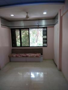 Gallery Cover Image of 575 Sq.ft 1 BHK Apartment for rent in Borivali West for 22000