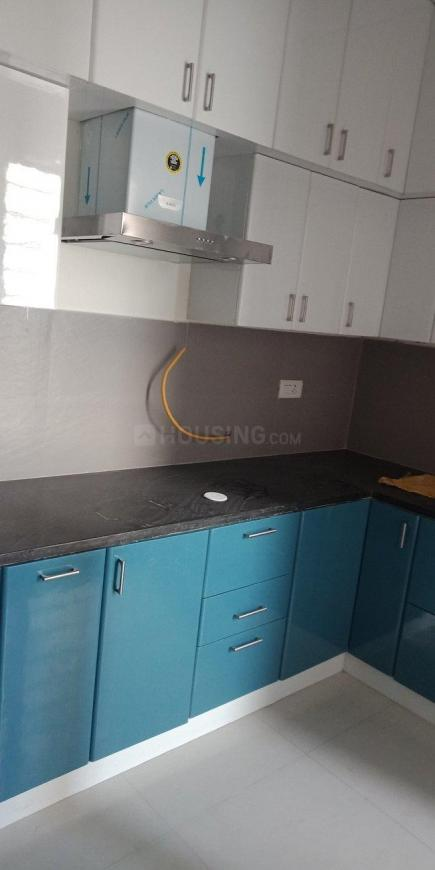 Kitchen Image of 1550 Sq.ft 2 BHK Apartment for rent in Pazhavanthangal for 30000