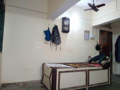 Gallery Cover Image of 325 Sq.ft 1 RK Apartment for rent in Byculla for 5000