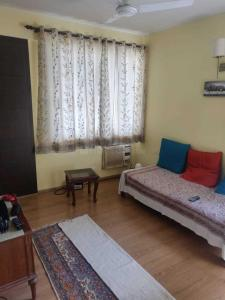 Gallery Cover Image of 1800 Sq.ft 3 BHK Apartment for buy in Paltan Bazaar for 10000000