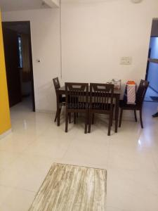 Gallery Cover Image of 1250 Sq.ft 2 BHK Apartment for rent in Andheri West for 75000