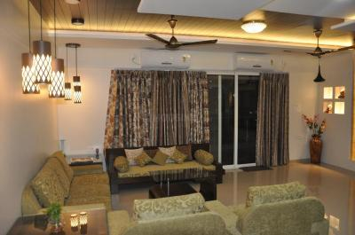 Gallery Cover Image of 2350 Sq.ft 3 BHK Apartment for rent in Kharadi for 60000