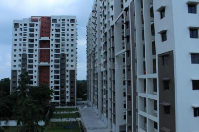 Gallery Cover Image of 1340 Sq.ft 3 BHK Apartment for rent in Maheshtala for 15000