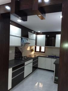 Gallery Cover Image of 1800 Sq.ft 3 BHK Apartment for buy in Sector 12 Dwarka for 14500000