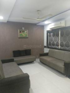 Gallery Cover Image of 1300 Sq.ft 3 BHK Apartment for rent in Ambawadi for 29000