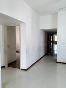Gallery Cover Image of 2735 Sq.ft 4 BHK Apartment for rent in New Town for 35000