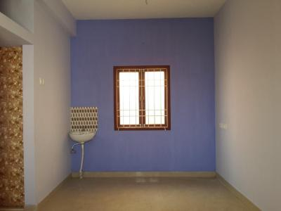 Gallery Cover Image of 486 Sq.ft 1 BHK Apartment for buy in Surappattu for 1750000