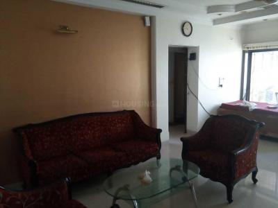 Gallery Cover Image of 990 Sq.ft 4 BHK Apartment for rent in Santacruz West for 225000