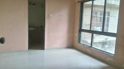 Gallery Cover Image of 838 Sq.ft 2 BHK Apartment for buy in Thane West for 9500000