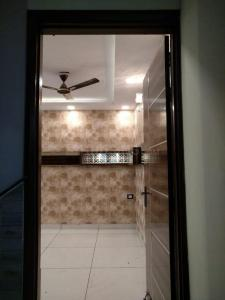 Gallery Cover Image of 850 Sq.ft 3 BHK Independent Floor for buy in Palam for 4600000
