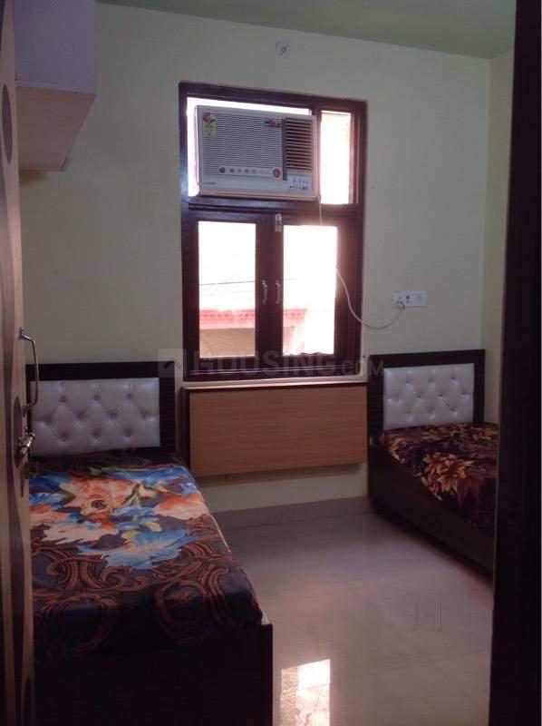 Bedroom Image of Boys Town PG in Kamla Nagar