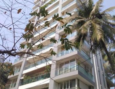 Gallery Cover Image of 3100 Sq.ft 4 BHK Apartment for buy in Juhu for 95000000