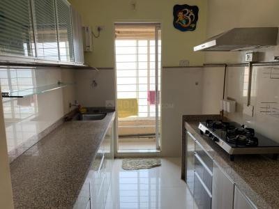 Gallery Cover Image of 1150 Sq.ft 2 BHK Apartment for rent in Group Rushi Heights, Malad East for 50000