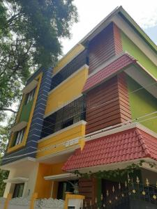 Gallery Cover Image of 1100 Sq.ft 2 BHK Independent House for rent in Valasaravakkam for 16000